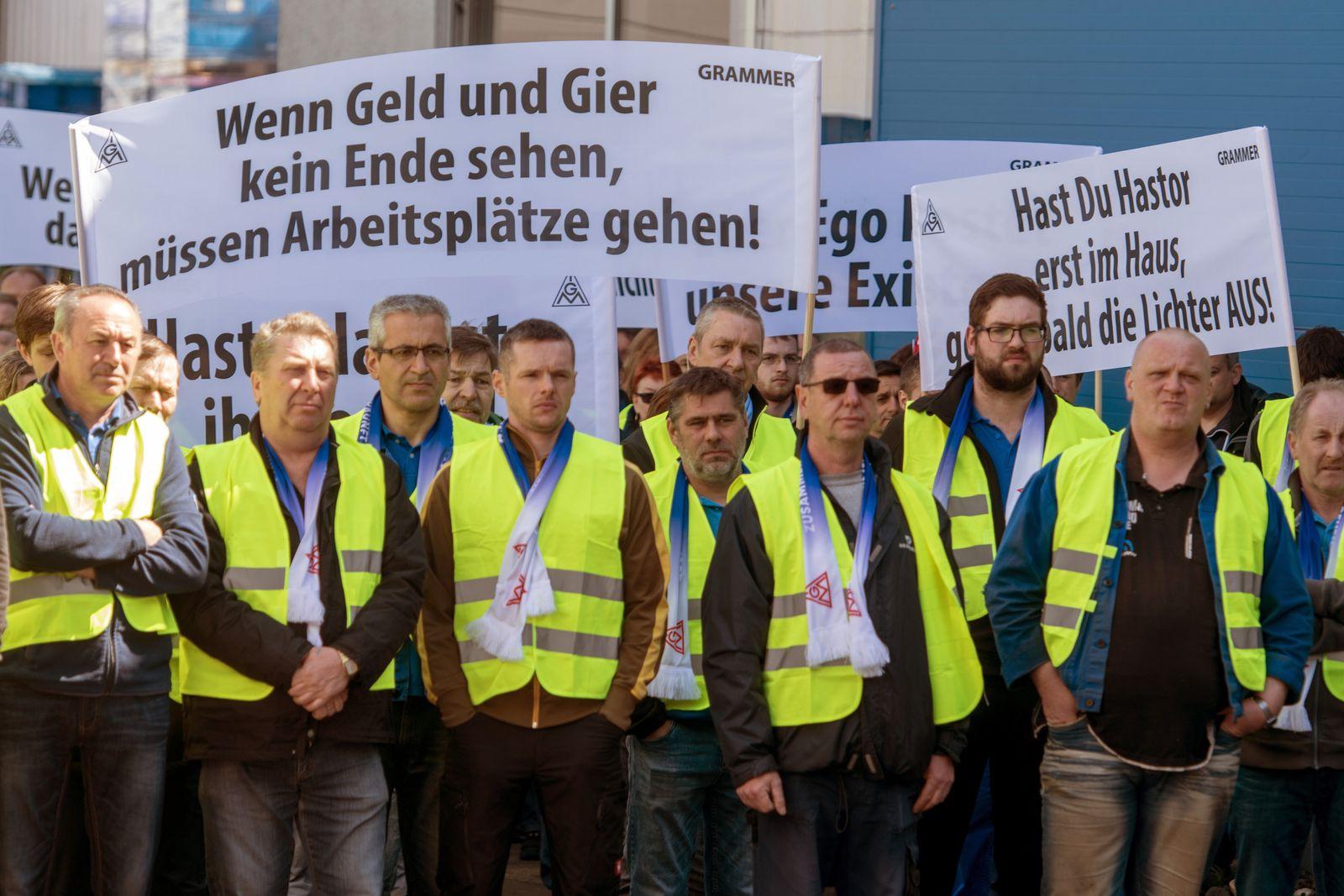 Grammer-Beschäftigte protestieren gegen Investor