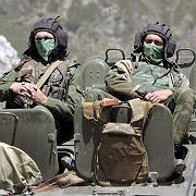 In Wartestellung: Russische Soldaten