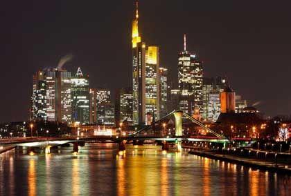 Deutsche Großbanken in Frankfurt am Main: Ihr Einfluss auf andereFirmen schwindet zugunsten institutioneller Investoren.