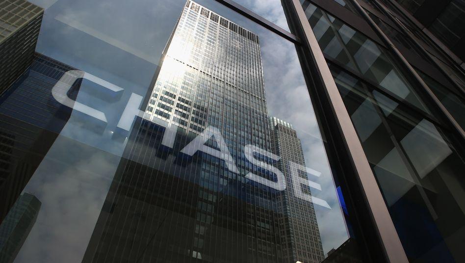 JPMorgan Chase: US-Kongressabgeordnete stellten infrage, ob es sinnvoll sei, dass eine Bank Lagerhäuser für Metalle und Pipelines besitzen sollte