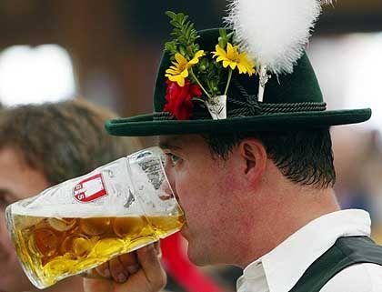 Kein Durst auf Gerstensaft: Vom heißen Sommer konnten die Biermarken nicht profitieren. Der Umsatz sank um 2,9 Prozent.