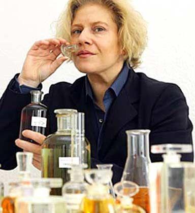 Feine Nase: Kim Weisswange entwickelt individuelle Parfums