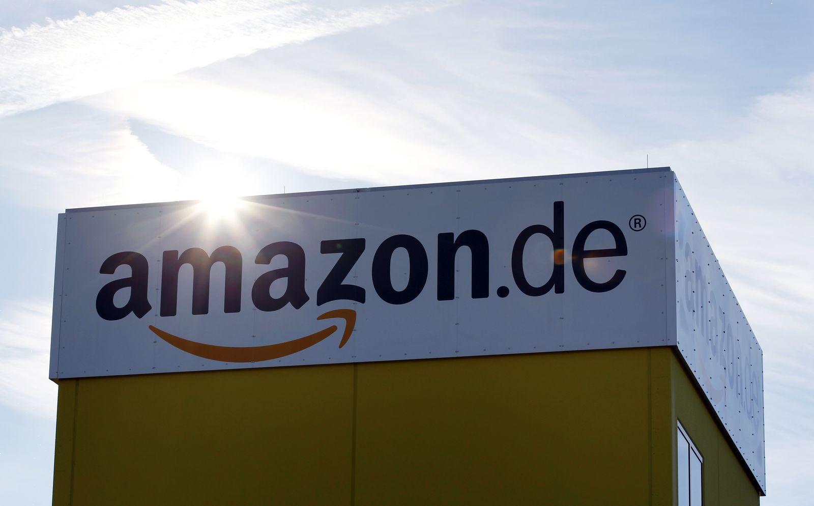 Amazon / Logo