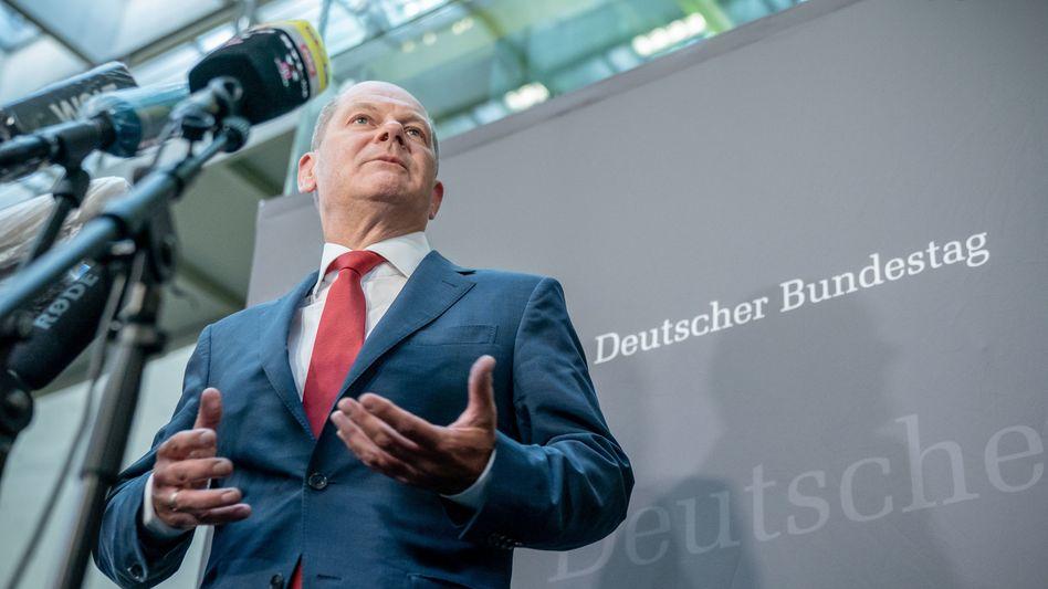 Finanzminister Olaf Scholz (SPD) stellte sich im Wirecard-Skandal zusammen mit Wirtschaftsminister Peter Altmaier (CDU) vier Stunden lang den Fragen der Mitglieder des Finanzausschusses - und danach den Fragen der Reporter