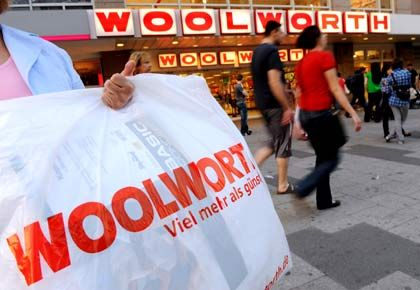 Übernommen: NKD kauft 23 Woolworth-Filialen