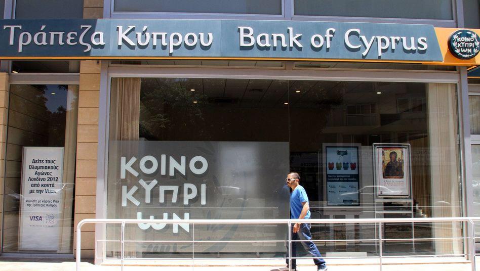 Bank of Cyprus in Nicosia: Inselstaat braucht Euro-Unterstützung