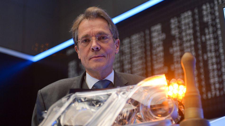 Tempi Passati: Jürgen Behrend, erleuchtet beim Börsengang von Hella im November 2014