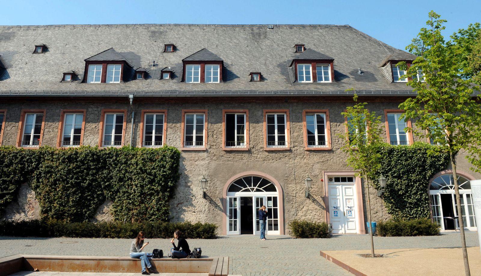 NICHT VERWENDEN EBS / EUROPEAN BUSINESS SCHOOL