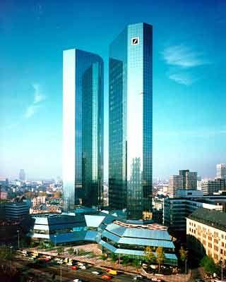Ehemaliger Arbeitgeber des korrupten Managers: Zentrale der Deutschen Bank in Frankfurt