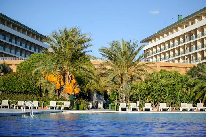 Chillen unter Palmen: Ein Ferienhotel im türkischen Belek