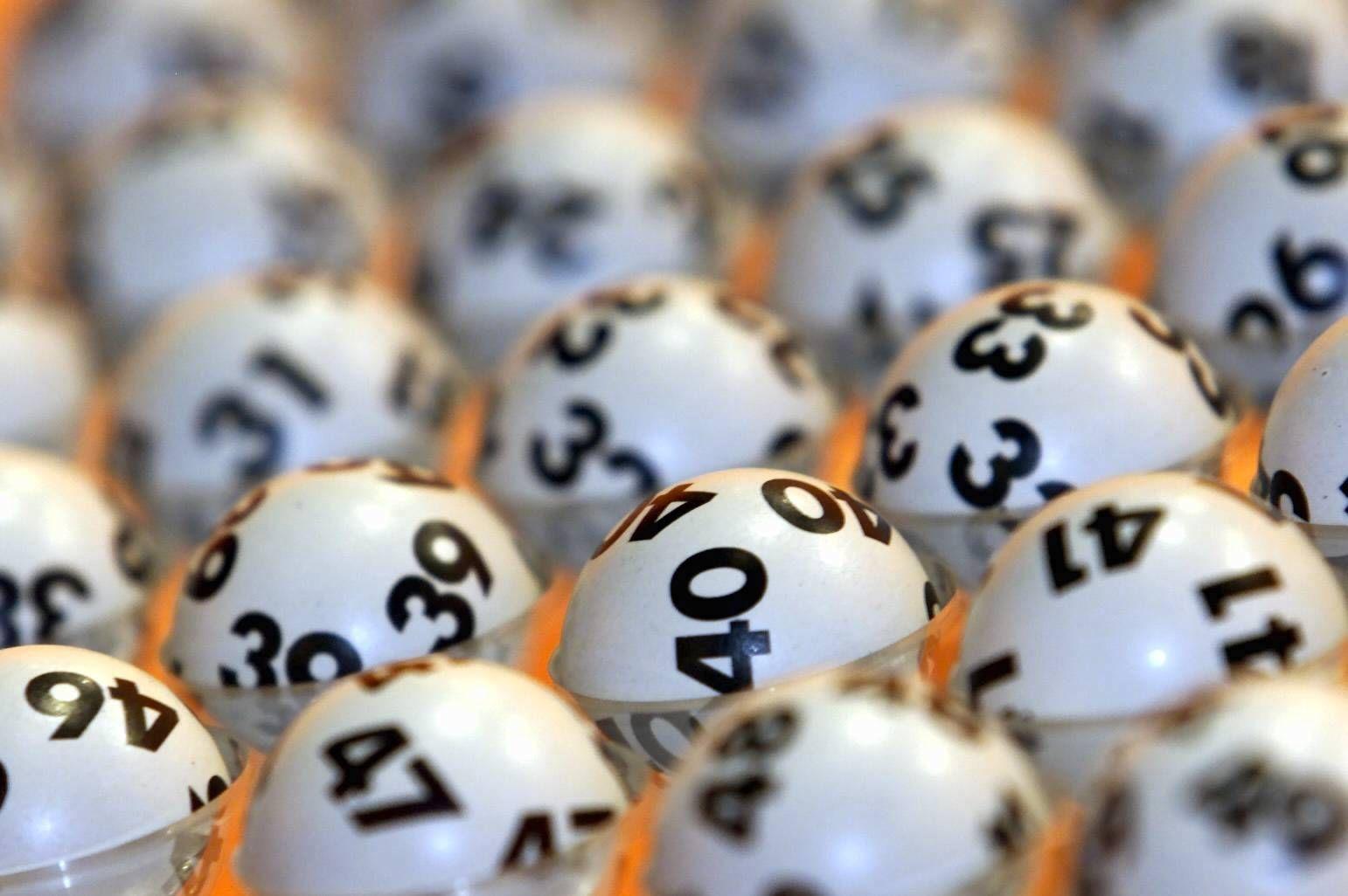 NICHT VERWENDEN Lottokugeln/ Lotto