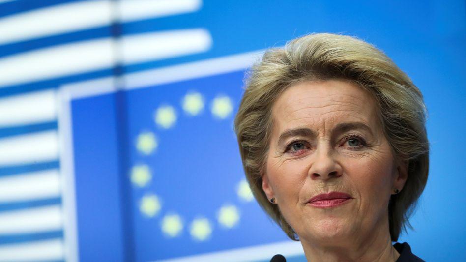 EU-Kommissionspräsidentin: Von der Leyen will die europäische Wirtschaft mit insgesamt 750 Milliarden Euro stützen, 250 Milliarden mehr als Bundeskanzlerin Merkel und der französische Präsident Emmanuel Macron vorgeschlagen hatten
