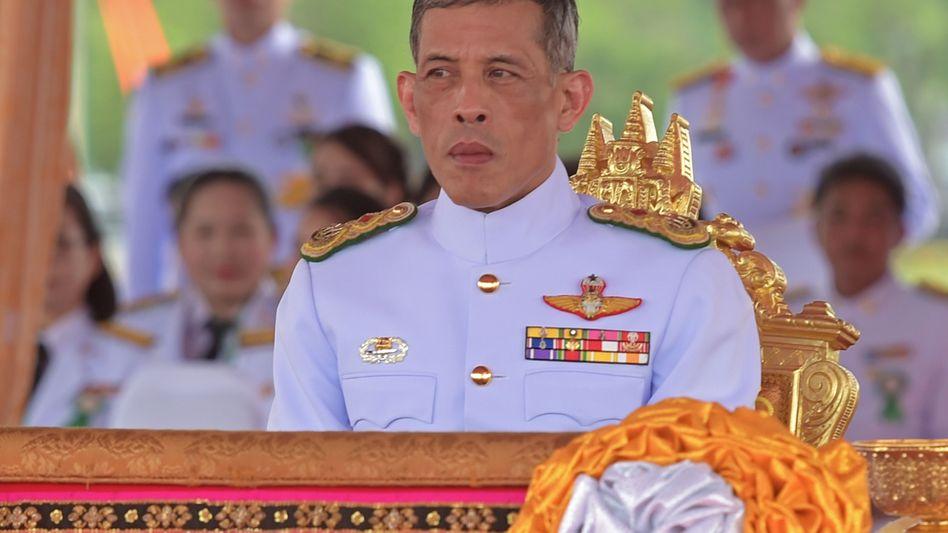 Nennt zwei Villen in Bayern sein Eigen: Thailands Kronprinz Maha Vajiralongkorn muss wahrscheinlich Erbschaftsteuern in Bayern zahlen - auf ein riesiges Vermögen