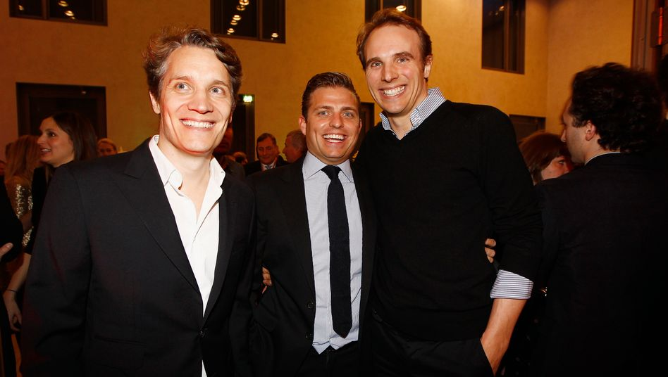 Oliver und Marc Samwer (links und rechts neben Konstantin Sixt): Die Samwer-Brüder investieren nicht nur in Start-ups, sondern auch in Wohnimmobilien in Neukölln