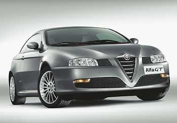 Klobiges Erscheinungsbild: Das Serienmodell Alfa GT kommt Anfang 2004 auf die Straßen