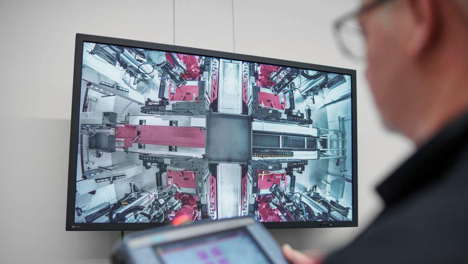 Digitalisierung: 250 Millionen Euro für ein neues Werk - und ein großer Schritt in Richtung vollständige Vernetzung von Produktion und Kundenservice