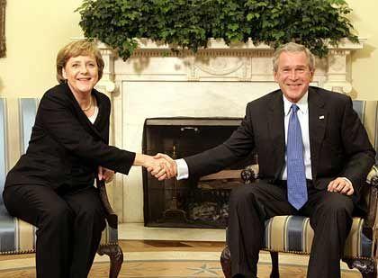 Von New-York nach Trinwillershafen: Merkel, Bush