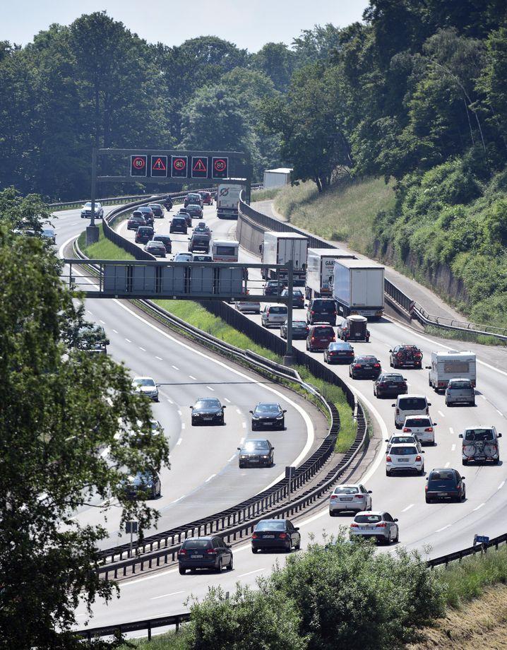 Autobahn in Österreich: Österreichs Konsumentenschützer streben eine gütliche Lösung mit VW an