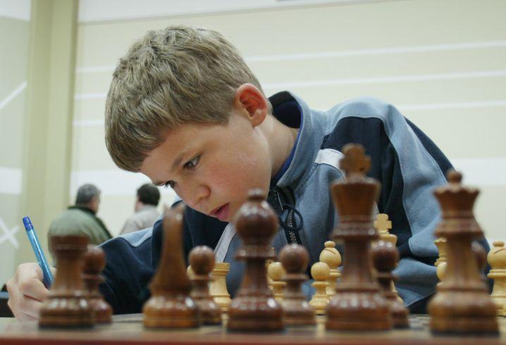 Magnus Carlsen im Alter von 13 Jahren bei einem Turnier in Dubai. Da war er schon Großmeister.