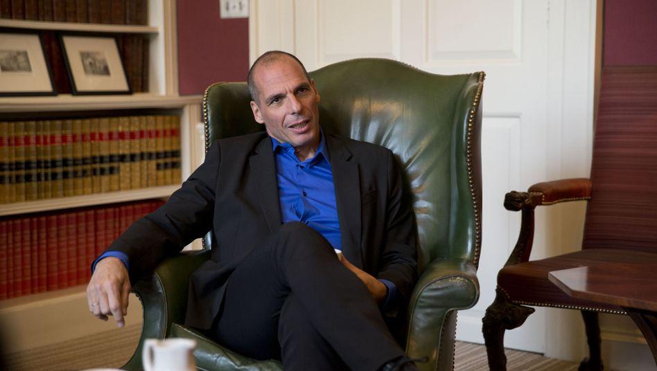Locker im Auftritt, kurios in der Sache: Griechenlands neuer Finanzminister Giannis Varoufakis beim Besuch in London