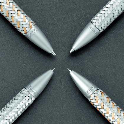 Robust und anpassungsfähig: Geflochtenes Tec Flex-Material und Porsche-Design