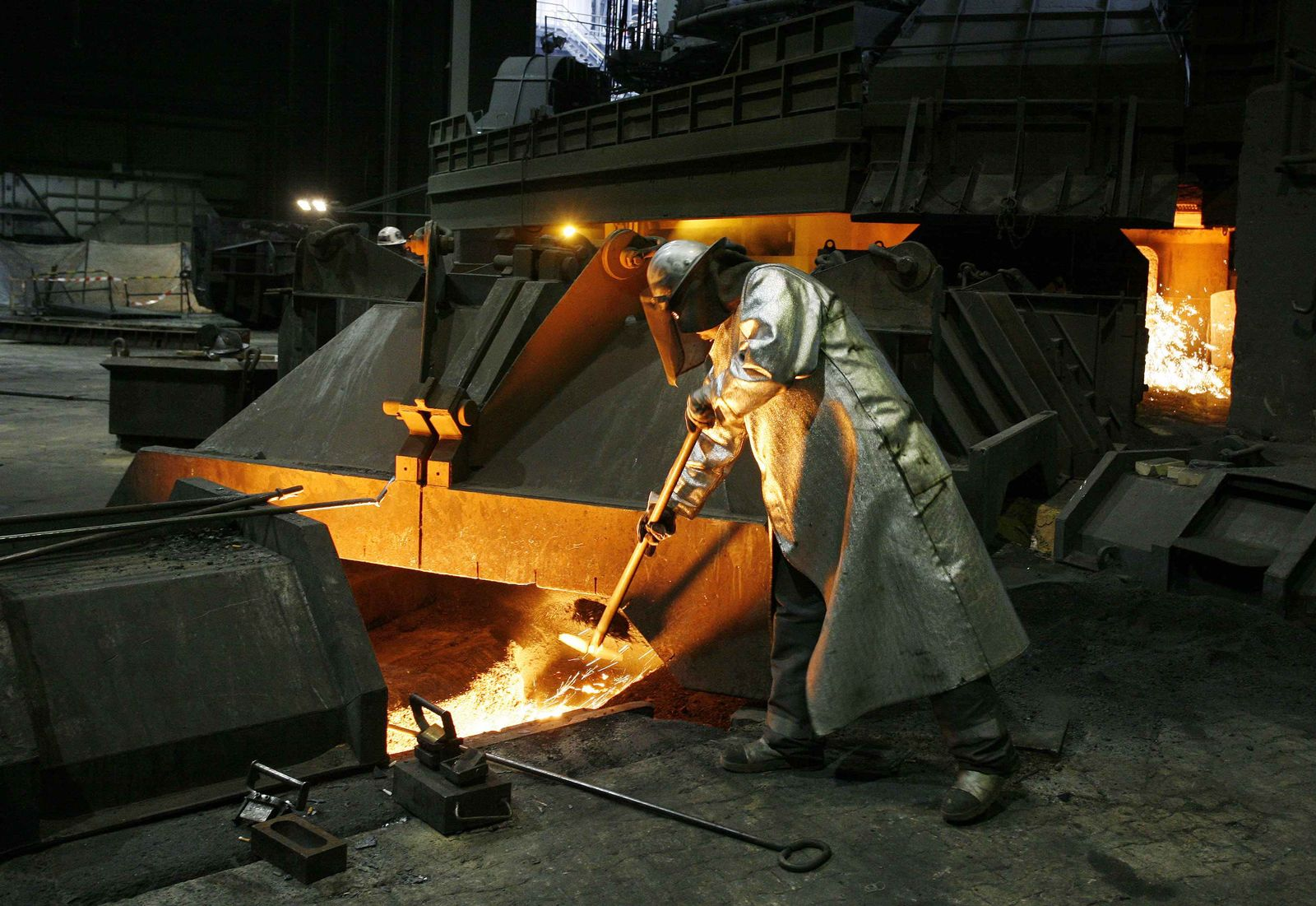 Konjunktur / Stahlarbeiter