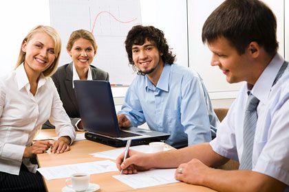 Allen Grund zum Lachen: Abiturienten haben bei der Suche nach einem Ausbildungsplatz gute Chancen