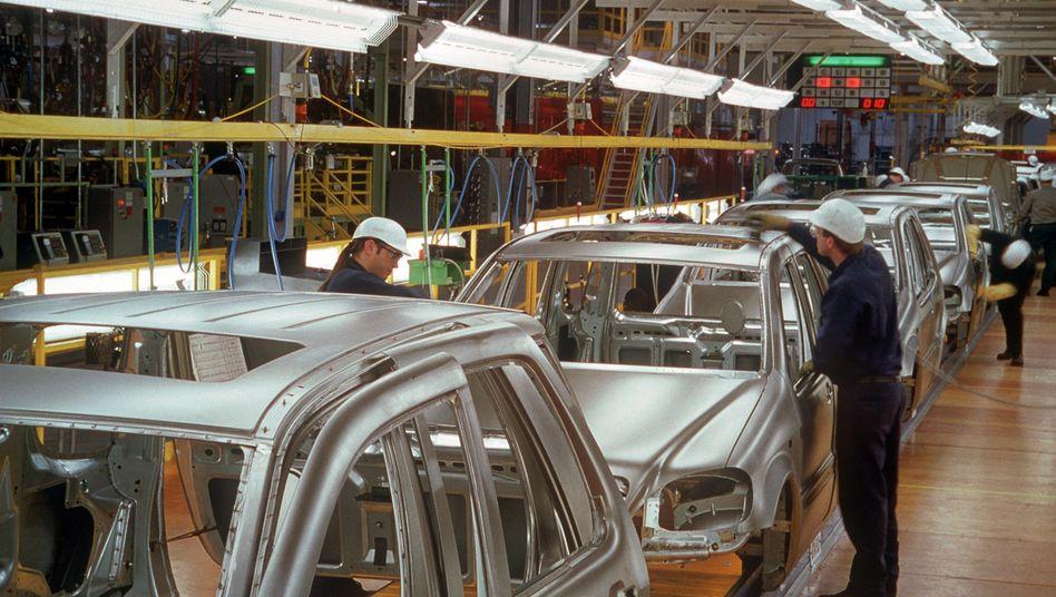 Mercedes-Produktion: Absprachen beim Einkauf von Langstahl