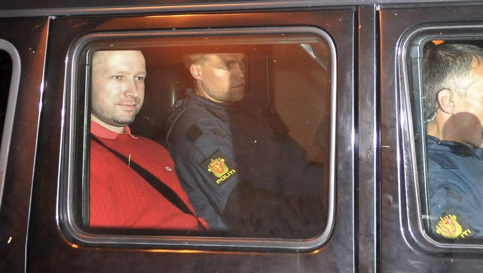 Behring Breivik: In der Vernehmung wirkte er gefasst
