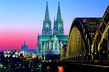 Bald in Second Life: Der Kölner Dom als Mittelpunkt des virtuellen Kölns