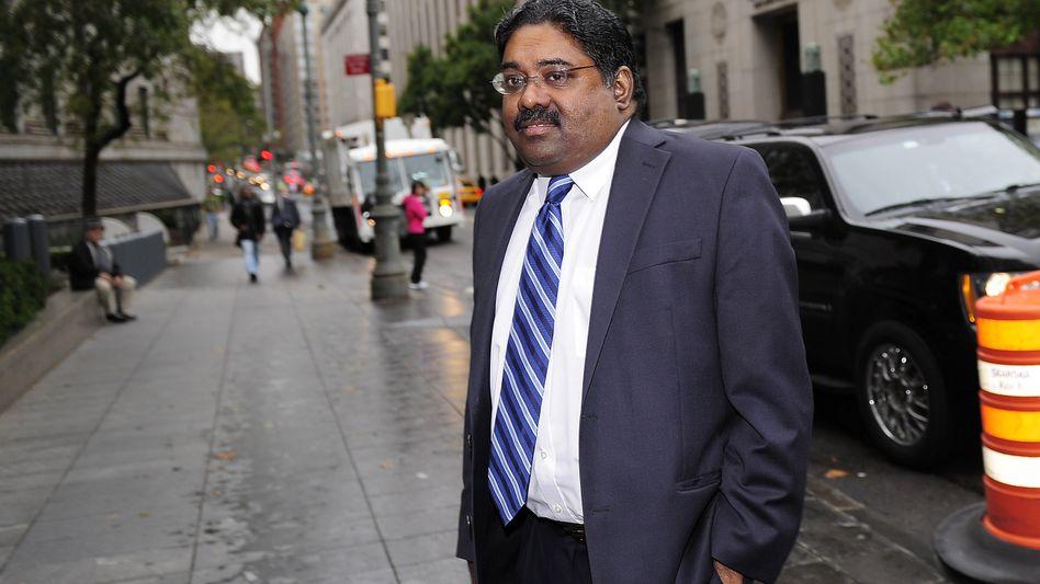 Ex-Hedgefonds-Manager Raj Rajaratnam vor Gerichtsgebäude: Kranker Mann