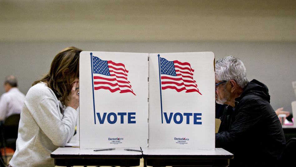 Jede Stimme zählt: Wähler in Virginia (Archiv)