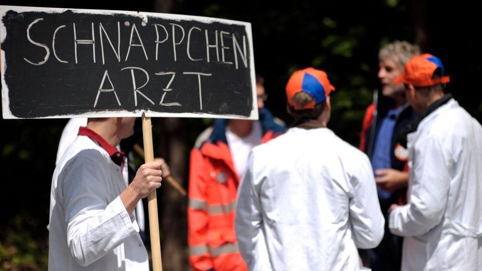 Protestaktion: Viele Mediziner in Deutschland fühlen sich unterbezahlt