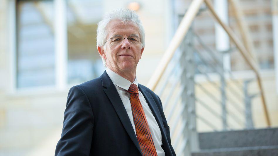 Wirtschaftsprofessor Thomas Straubhaar