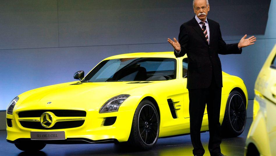 Wachstumspläne: 2011 präsentierte Daimler-Chef Zetsche in Detroit noch den SLS E-cell Roadster. Diesmal rückt eine Zusammenarbeit mit Renault und Nissan in den Blick