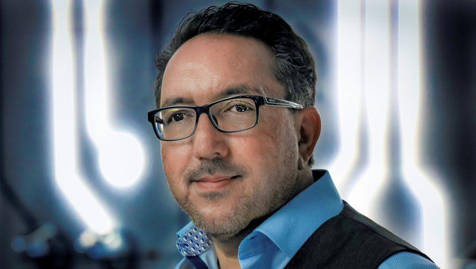 Star-Personaler: Mit innovativen Konzepten mischt Cawa Younosi SAP auf. Als Jugendlicher flüchtete er aus Afghanistan.
