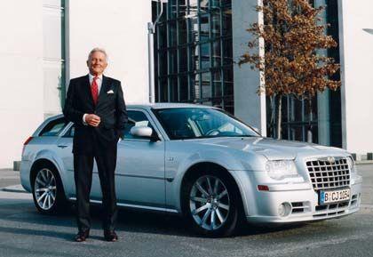 Genussvoll aufs Gas: mm-Tester Klein mit dem Chrysler 300C SRT8