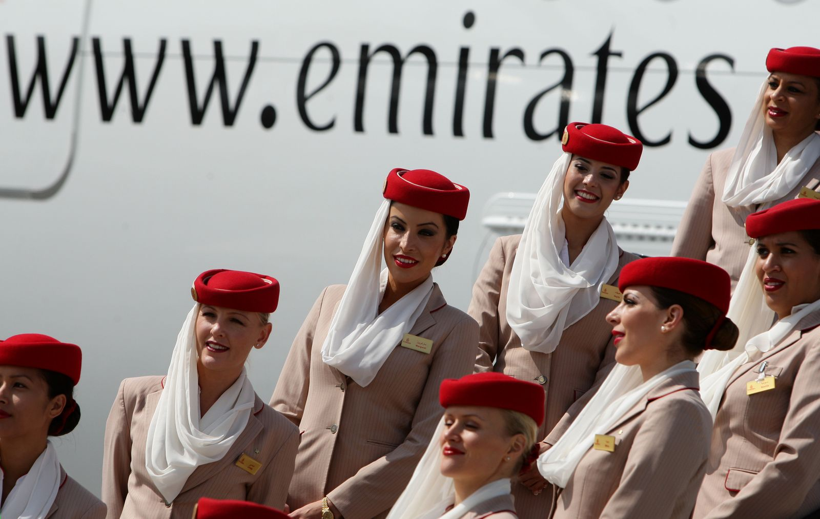 Emirates A380 lands in Manchester