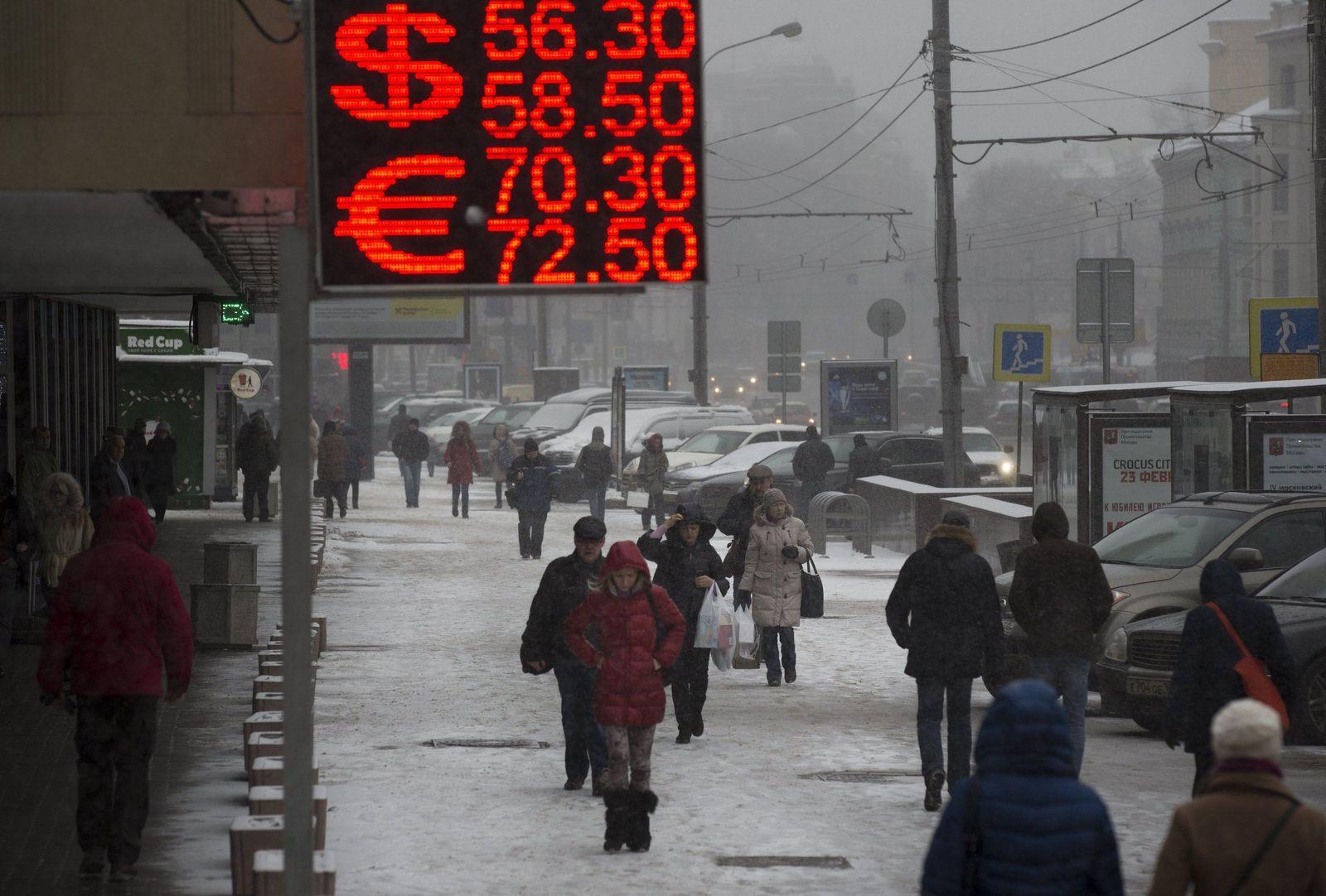 APTOPIX Russia Ruble
