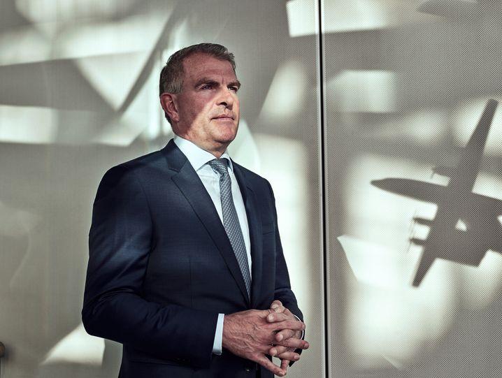 Erst kam Corona, dann die Bundesregierung: Lufthansa-Chef Carsten Spohr