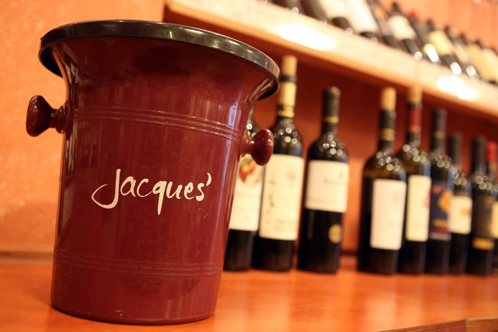 Übernahmestreit um Weinhändler Hawesko