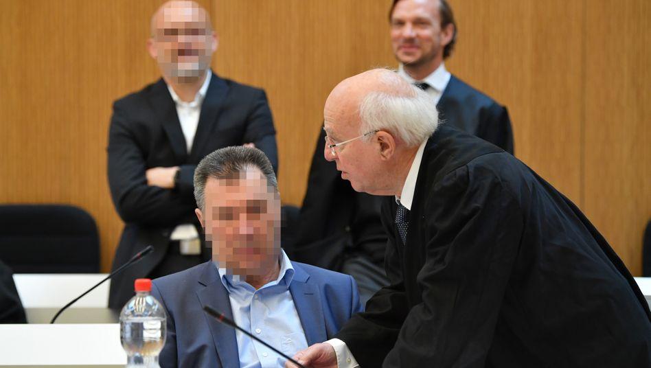 Belastet das Topmanagement: Der ehemalige Audi-Motorenentwickler Giovanni P. vor dem Münchener Landgericht (Archiv)