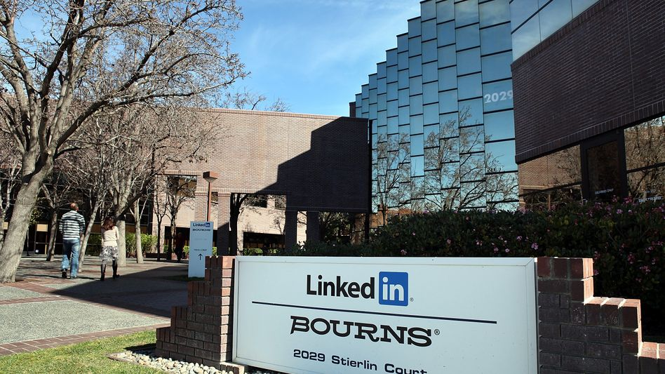 LinkedIn-Zentrale in Kalifornien: An der Börse wird das Online-Netzwerk nun mit vier Milliarden Euro bewertet.