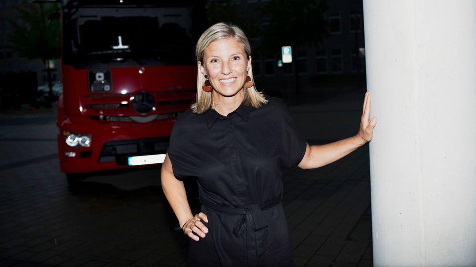 Neuer Stern: Beim Lkw-Bauer Scania galt Karin Rådström als mögliche nächste Vorstandschefin. Für Daimler kommt sie gerade recht, um vor dem Börsengang im Winter Hoffnung auf Erfolg zu versprühen.