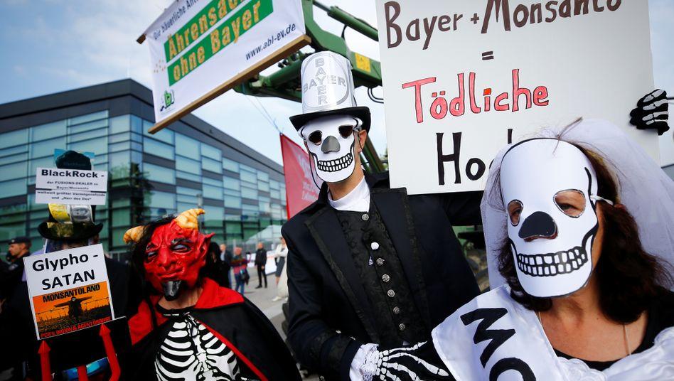 Proteste gegen die Fusion von Bayer und Monsanto