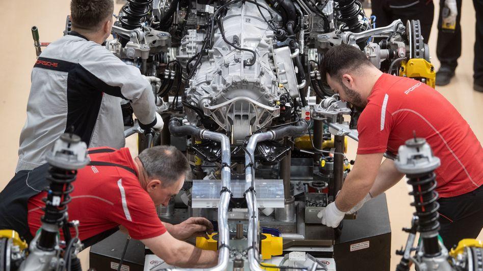 Auto-Produktion bei Porsche: Herzstück der deutschen Industrie