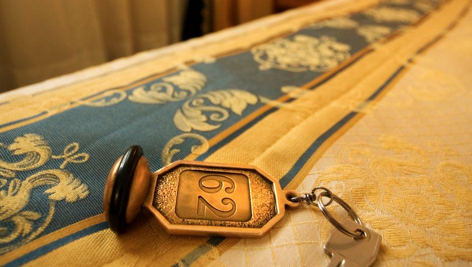 """""""Den Schlüssel bitte"""": Hotels und Pensionen können sich nicht beklagen. Mehr Menschen denn je übernachteten im vergangenen Jahr in ihren Zimmern"""