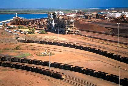 Eisenerzdepot: Der britisch-australische Bergbaukonzern BHP Billiton greift nach dem Rivalen Rio Tinto