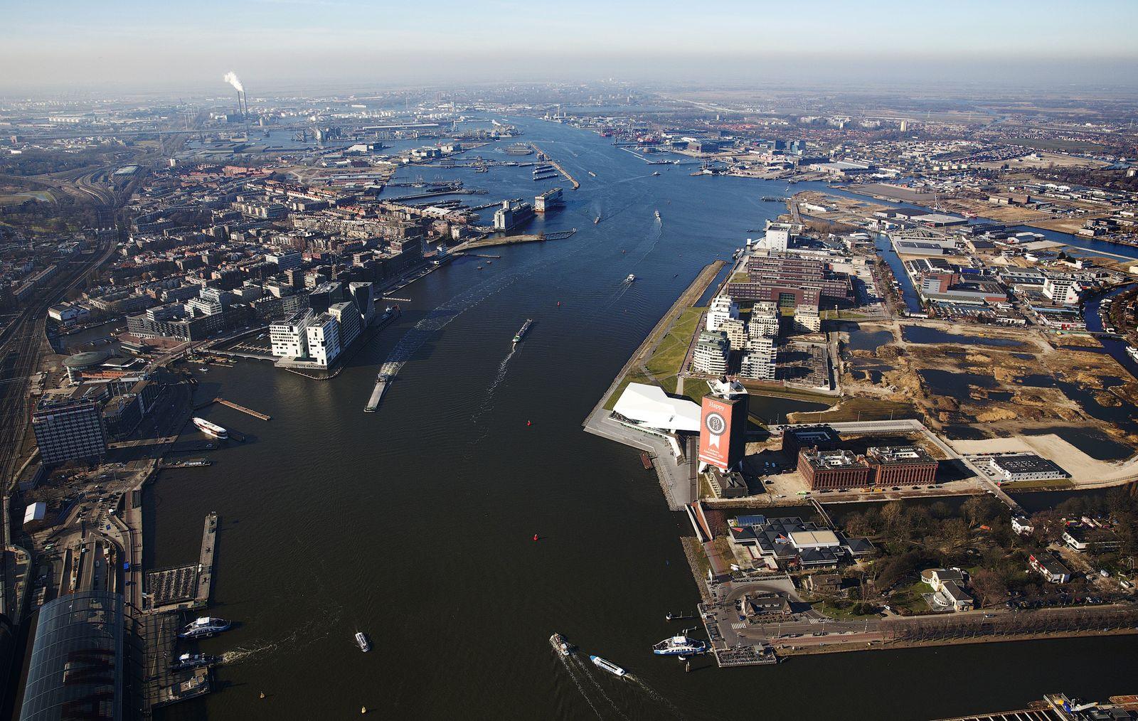Amsterdam / Skyline / Niederlande / Luftbild