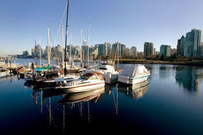 """Jachthafen von Vancouver: """"Das gibt es gar nicht, dass ein Kanadistik-Student nicht mindestens ein Jahr in Kanada war"""""""